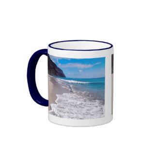 Contexto del boda de playa tazas de café