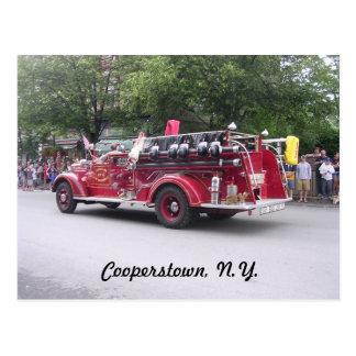 Cooperstown, N.Y. retiró el coche de bomberos Postal