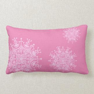 Copo de nieve rosado en rosa cojín lumbar