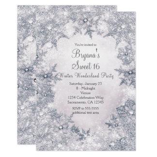 Copos de nieve elegantes blancos azules del país invitación 12,7 x 17,8 cm