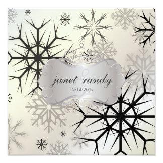 Copos de nieve, negro, invitaciones del boda del comunicado personalizado