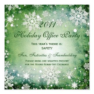 Copos de nieve verdes de las invitaciones de las anuncio