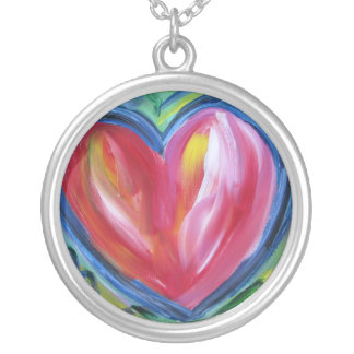 Corazón con el collar de la plata de la esperanza