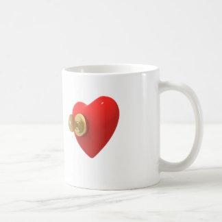 Corazón con llave y cerradura taza de café