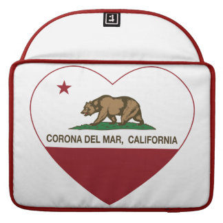corazón de Corona del Mar de la bandera de Califor Funda Macbook Pro