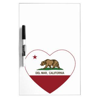 corazón de Del Mar de la bandera de California Pizarras Blancas
