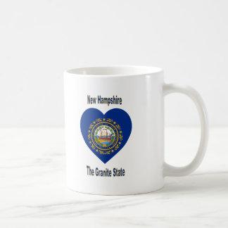 Corazón de la bandera de New Hampshire Taza Clásica