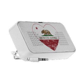corazón de la ensenada del refugio de la bandera d laptop altavoz