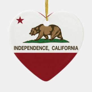 corazón de la independencia de la bandera de Calif Ornaments Para Arbol De Navidad