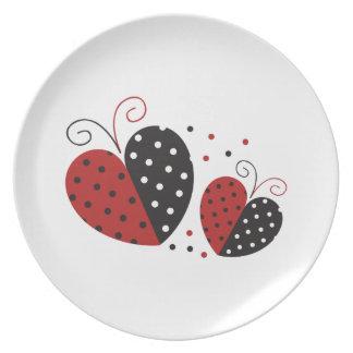 Corazón de la mariquita lindo plato de comida