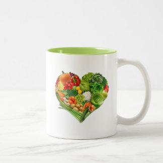 Corazón de las frutas y verduras taza dos tonos
