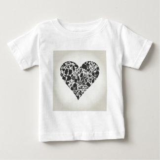 Corazón de una parte de un cuerpo camiseta de bebé