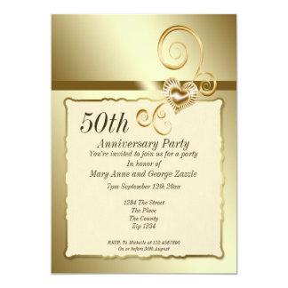 Corazón del aniversario de boda de oro invitación 12,7 x 17,8 cm