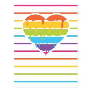 Corazón del arco iris con el goteo postales