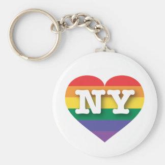 Corazón del arco iris del orgullo gay de Nueva Llavero Redondo Tipo Chapa