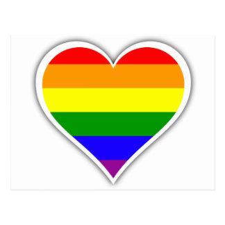 Corazón del arco iris del orgullo gay postal