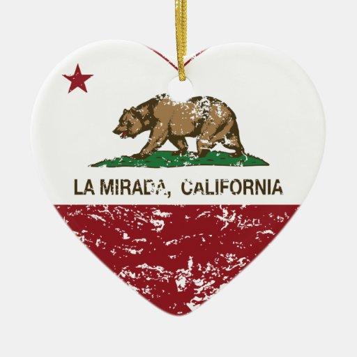 corazón del mirada del la de la bandera de Califor Adorno De Reyes