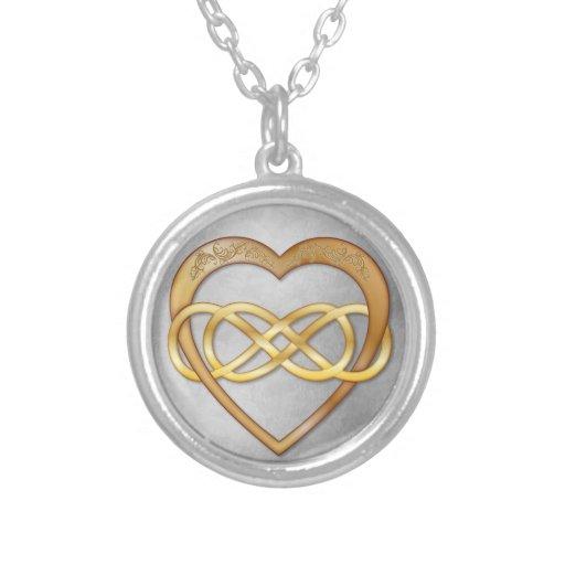Corazón doble 3 del oro del infinito - collar