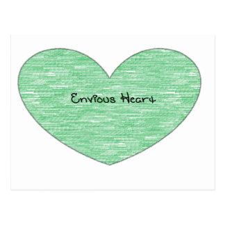 Corazón envidioso verde postal