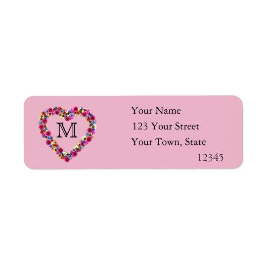 Corazón floral con monograma en rosa etiqueta de remite