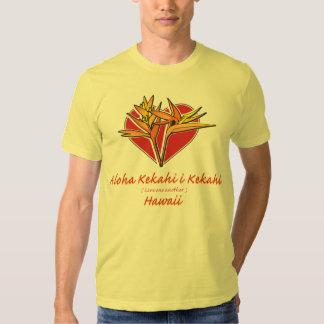 Corazón hawaiano de la ave del paraíso camisetas