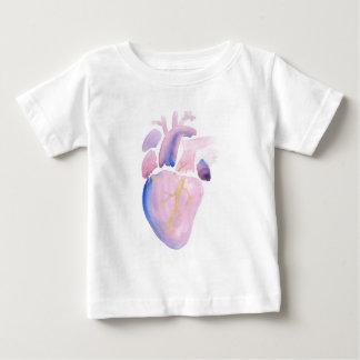 Corazón muy violeta camiseta de bebé