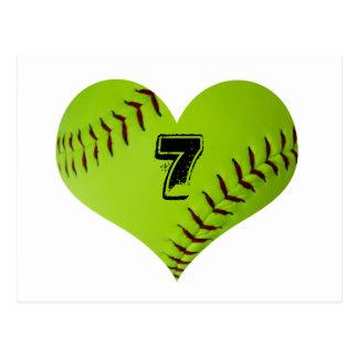 Corazón personalizado del softball postal