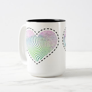 Corazón rayado de la acuarela con las líneas taza bicolor