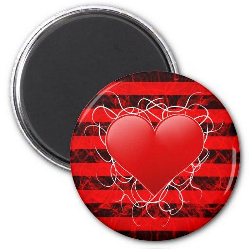 Corazón rojo del emo punky gótico con las rayas ne imán de frigorifico