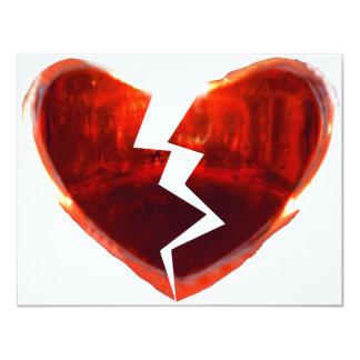 Corazón rojo quebrado invitación 10,8 x 13,9 cm