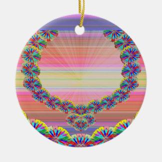 Corazón sagrado - guirnaldas de las joyas n de adorno redondo de cerámica