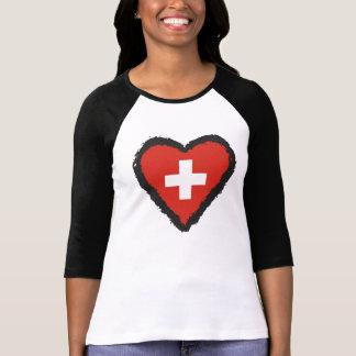 Corazón suizo - camiseta del raglán de Suiza del