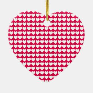 Corazones blancos en rosa del lápiz labial adorno de cerámica en forma de corazón