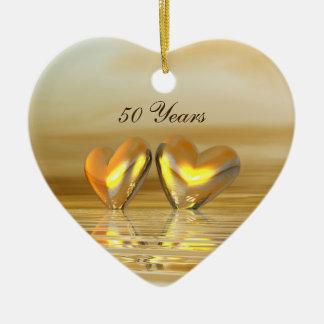 Corazones de oro del aniversario adorno de cerámica en forma de corazón