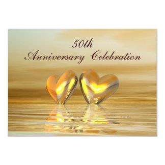 Corazones de oro del aniversario invitación 11,4 x 15,8 cm