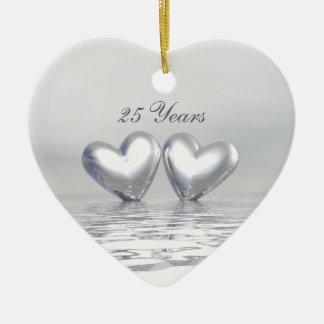 Corazones de plata del aniversario adorno de cerámica en forma de corazón