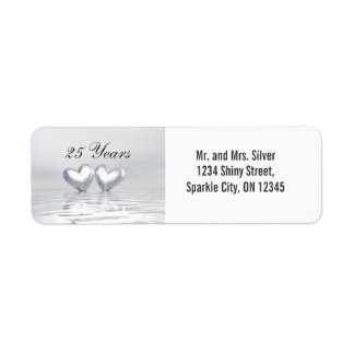 Corazones de plata del aniversario etiqueta de remitente