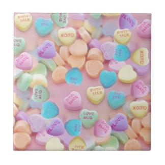 corazones del caramelo de las tarjetas del día de azulejo