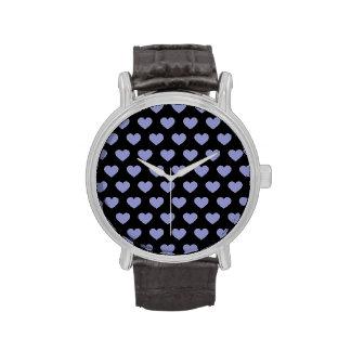 Corazones púrpuras violetas del lunar (fondo negro relojes de pulsera