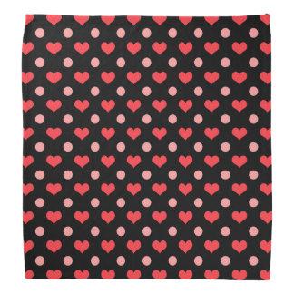 corazones rojos del amor, modelo de lunares del bandana