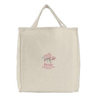 Corazones rosados y bolso bordado novia de las flo bolsas bordadas