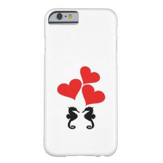 Corazones y Seahorse Funda Barely There iPhone 6
