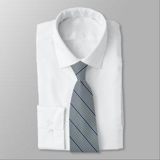 Corbata Dos azules marinos rayados del tono grisáceos