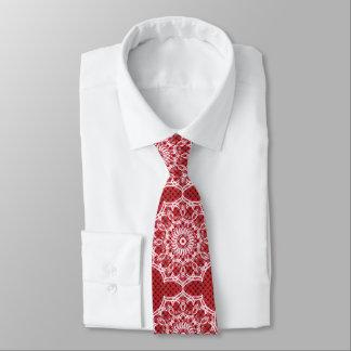 Corbata Mandala blanca en modelo del rojo del mosaico