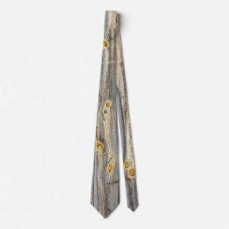 Corbata Modelos de madera con el carácter en un granero
