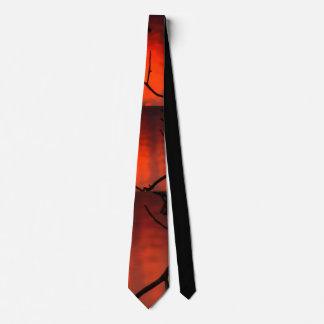 Corbata Puesta del sol anaranjado oscuro con el lazo negro