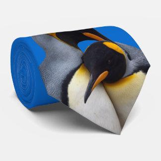 Corbata Rey pingüinos en el lazo del amor (azul)
