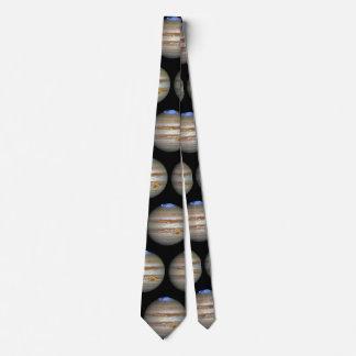 Corbata Tormenta en Júpiter