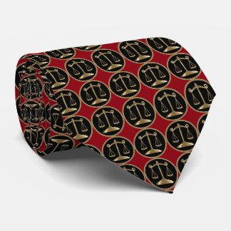 Corbatas Personalizadas Escalas del abogado de la justicia el   el   rojo
