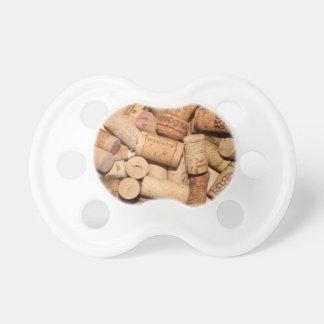 Corchos del vino chupetes de bebe